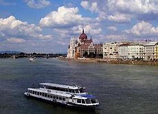 Danubio a su paso por Budapest, Hungría